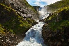 Cachoeira de Kjosfossen do gigante em Flam - Noruega Foto de Stock Royalty Free