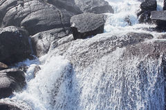 Cachoeira de Langfossen no verão Fotografia de Stock Royalty Free