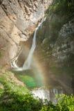 Cachoeira de Savica com arco-íris, Eslovênia, Europa imagens de stock royalty free