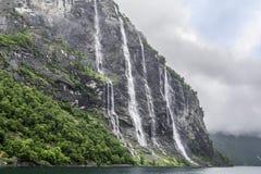 Cachoeira de sete irmãs, fiorde, Noruega Imagens de Stock