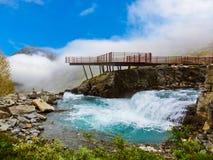 Cachoeira de Stigfossen e ponto de vista - Noruega Imagens de Stock