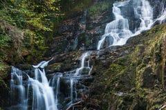 Cachoeira de Torc no parque nacional de Killarney, Co Kerry, Ireland Imagem de Stock