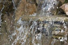 cachoeira decorativa artificial com três modulações Fotos de Stock Royalty Free