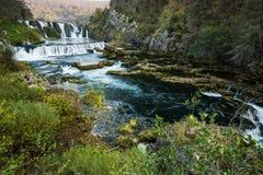 Cachoeira do buk de Strbacki no rio de Una, Bósnia imagem de stock
