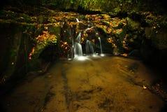 Cachoeira do outono Fotografia de Stock Royalty Free