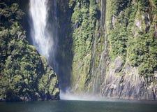 Cachoeira do parque de Fiordland Fotografia de Stock
