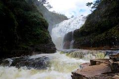 Cachoeira DOS Couros, DOS för na Chapada Veadeiros - Brasilien Royaltyfria Foton