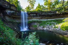 Cachoeira durante o outono Imagens de Stock Royalty Free