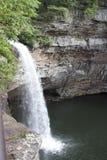 Cachoeira e penhasco Foto de Stock