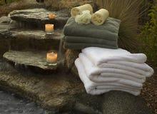 Cachoeira e toalhas 5 imagem de stock royalty free