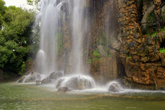 Cachoeira em agradável imagem de stock royalty free