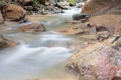 Cachoeira em Huay ao krabi Tailândia Fotografia de Stock Royalty Free
