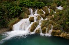 Cachoeira em lagos Plitvice, Croácia Imagens de Stock Royalty Free