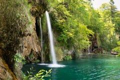 Cachoeira em lagos Plitvice do parque nacional, Croácia foto de stock