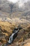 Cachoeira em montanhas de Sierra Nevada Fotos de Stock Royalty Free