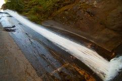Cachoeira em um parque Imagem de Stock Royalty Free