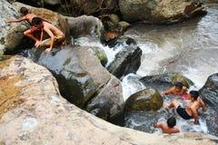 Cachoeira engraçada dos meninos Fotografia de Stock