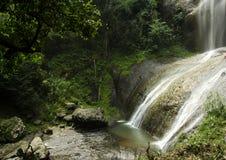 Cachoeira escondida Foto de Stock