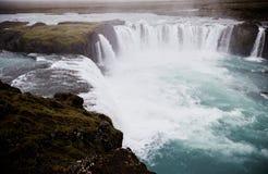 A cachoeira famosa de Godafoss dentro fotografia de stock royalty free