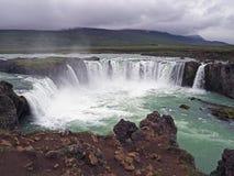 Cachoeira famosa Godafoss de Islândia imagens de stock royalty free