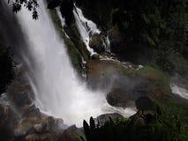 Cachoeira forte video estoque