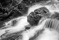 Cachoeira - gravou com filme análogo fotos de stock