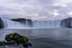 Cachoeira inacreditável de Godafoss fotografia de stock royalty free