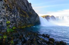 Cachoeira Islândia norte de Godafoss na queda imagem de stock