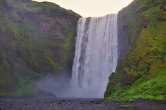Cachoeira islandêsa famosa na Islândia do sul Imagem de Stock Royalty Free