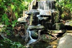 Cachoeira, jardim zoológico de Dusit (ruído), Banguecoque de Khao, Tailândia Fotos de Stock