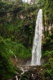 A cachoeira a mais alta em Java central foto de stock royalty free