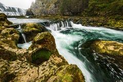 Cachoeira majestosa do buk de Strbacki no rio Una em Bósnia imagem de stock