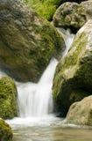 Cachoeira montanhosa fotografia de stock