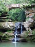 Cachoeira na caverna do ` s do ancião fotografia de stock