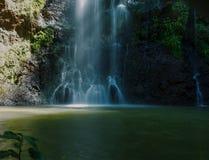 Cachoeira na floresta de Ngare Ndare, Kenya Imagens de Stock