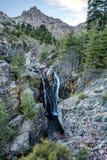 Cachoeira na fuga GR20 em Paglia Orba em Córsega Imagem de Stock