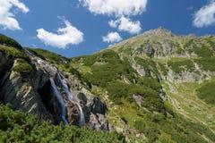 Cachoeira na montanha de Tatra Imagens de Stock Royalty Free