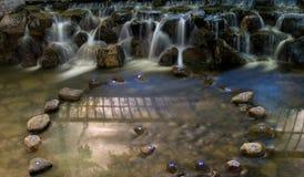 Cachoeira na noite Fotos de Stock