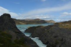Cachoeira na reserva de Torres del paine foto de stock royalty free