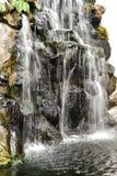 Cachoeira na rocha Imagem de Stock