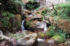 Cachoeira nas montanhas Imagem de Stock Royalty Free