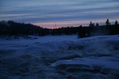 Cachoeira no crepúsculo Foto de Stock