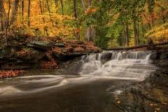 Cachoeira no outono Fotografia de Stock Royalty Free