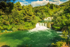 Cachoeira no parque nacional de Krka, Skradinski Buk, Croácia, Europa Imagens de Stock