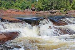 Cachoeira no protetor canadense imagens de stock royalty free