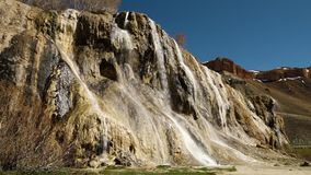 Cachoeira no runoff da pastagem filme