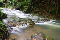 Cachoeira no sarika Imagem de Stock