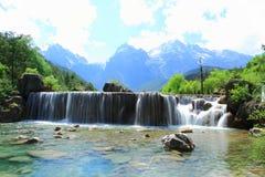 Cachoeira no vale da lua azul, Lijiang, China Fotografia de Stock Royalty Free