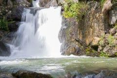 Cachoeira no vale de Nuria Imagens de Stock
