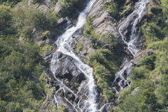 Cachoeira pequena mas íngreme Foto de Stock Royalty Free